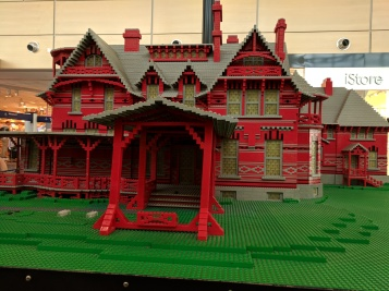 Mark Twain's house made of Legos.